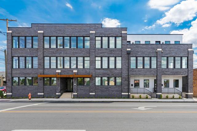 199 E 5th Avenue, Columbus, OH 43201 (MLS #220025833) :: The Clark Group @ ERA Real Solutions Realty