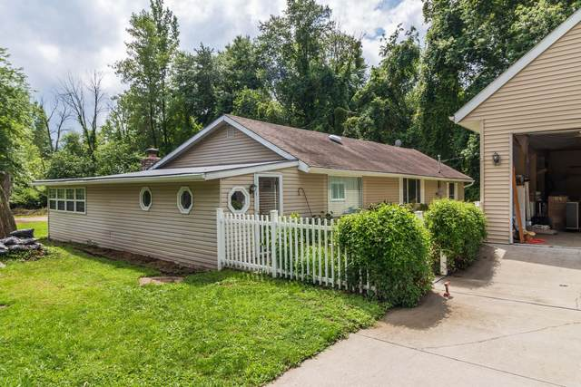 13293 Forrest Road NE, Thornville, OH 43076 (MLS #220026322) :: The Raines Group