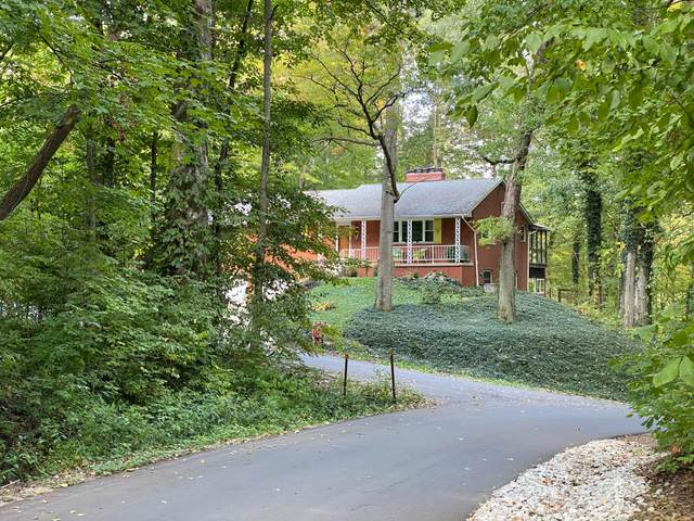 301 Greenwood Drive, Galloway, OH 43119 (MLS #220027847) :: Signature Real Estate