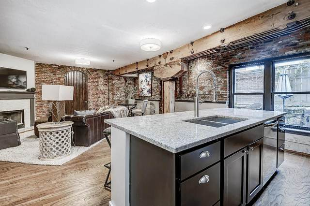 51 W Blenkner Street #108, Columbus, OH 43215 (MLS #220032017) :: The Jeff and Neal Team | Nth Degree Realty