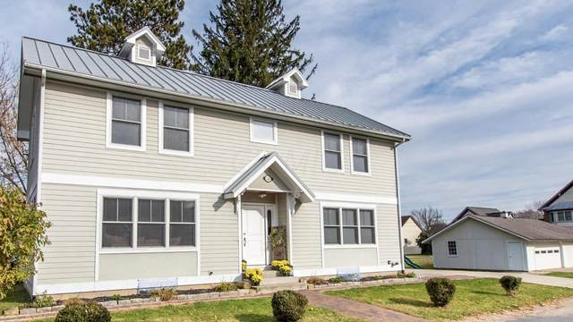 38 George Street, Pataskala, OH 43062 (MLS #220041049) :: Berkshire Hathaway HomeServices Crager Tobin Real Estate