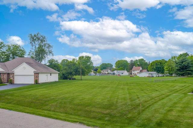 304 Gregory Drive, Newark, OH 43055 (MLS #221013533) :: Berkshire Hathaway HomeServices Crager Tobin Real Estate