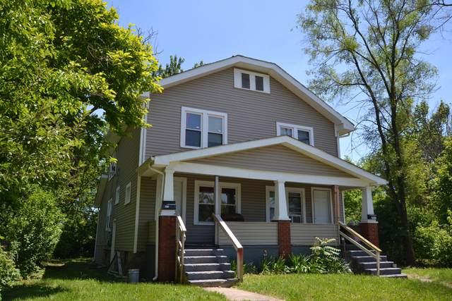 2372 Linden Avenue #4, Columbus, OH 43211 (MLS #221017795) :: Jamie Maze Real Estate Group