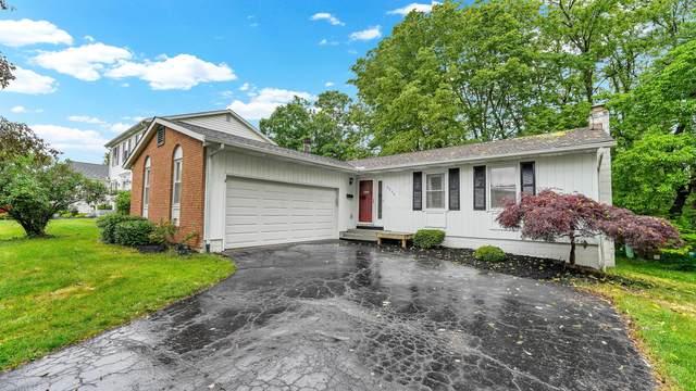 6952 Roundelay Road N, Reynoldsburg, OH 43068 (MLS #221018346) :: The Tobias Real Estate Group