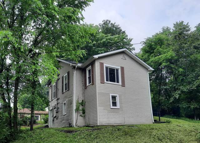 5 Cherry Lane, Crooksville, OH 43731 (MLS #221019632) :: CARLETON REALTY