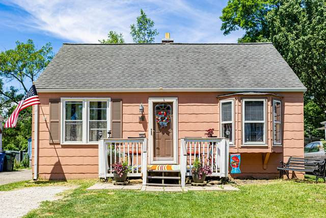 591 S Waverly Street, Columbus, OH 43213 (MLS #221020866) :: Berkshire Hathaway HomeServices Crager Tobin Real Estate