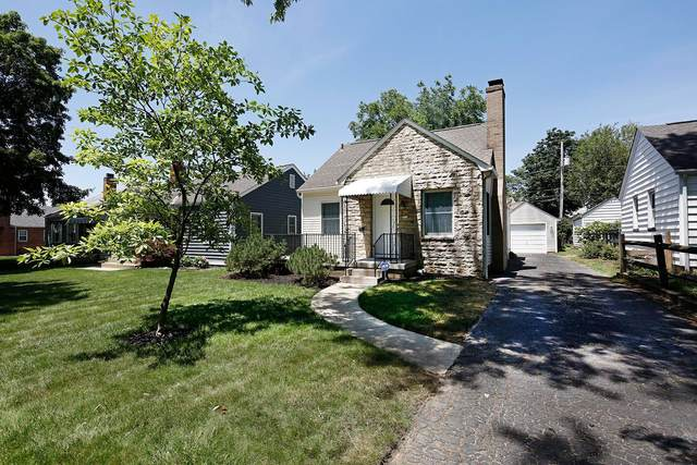 112 E Royal Forest Boulevard, Columbus, OH 43214 (MLS #221022147) :: Greg & Desiree Goodrich | Brokered by Exp