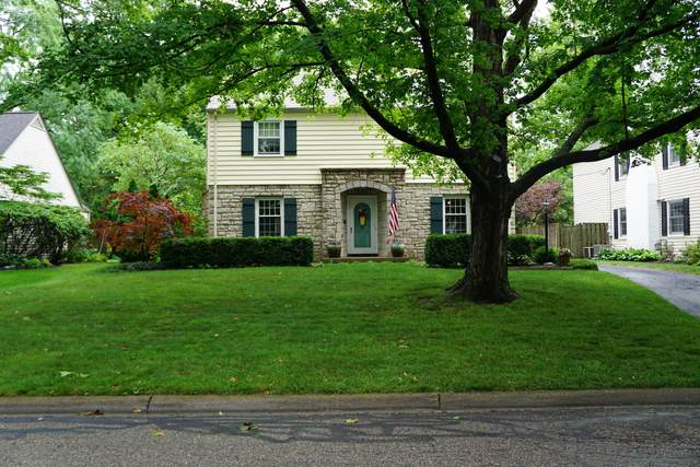 2590 Wexford Road, Columbus, OH 43221 (MLS #221024104) :: Berkshire Hathaway HomeServices Crager Tobin Real Estate