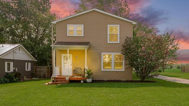 207 2nd Street, Pleasantville, OH 43148 (MLS #221026948) :: Signature Real Estate
