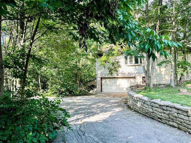2710 Lakewood Drive, Columbus, OH 43231 (MLS #221029410) :: Signature Real Estate