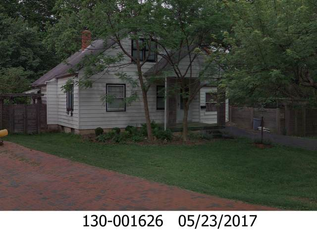 942 Chambers Circle, Columbus, OH 43212 (MLS #221032826) :: The Holden Agency