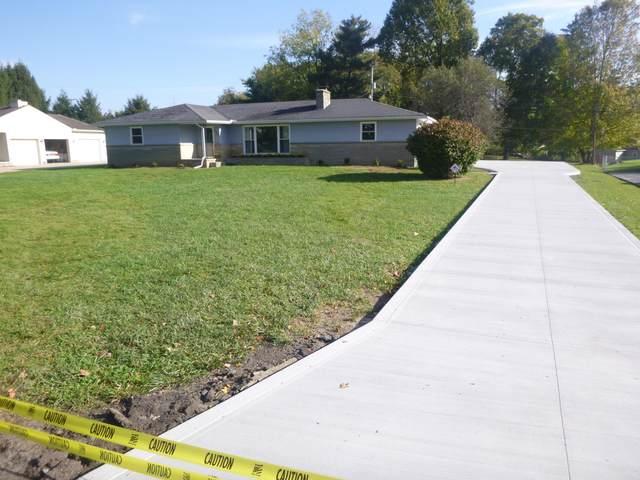 734 Fieldson Drive, Heath, OH 43056 (MLS #221039946) :: Sam Miller Team