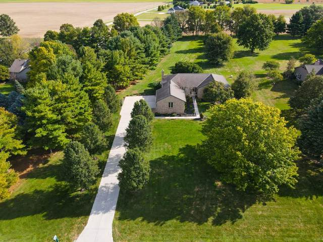 1965 Upper Valley Drive, West Jefferson, OH 43162 (MLS #221040000) :: ERA Real Solutions Realty
