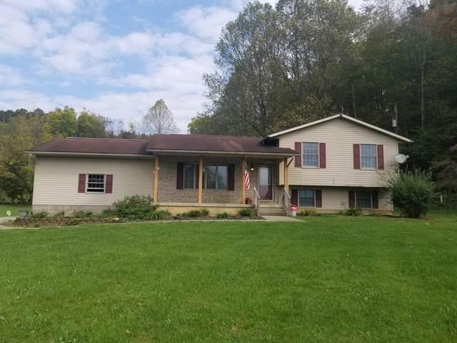 4240 Alten Road, Sugar Grove, OH 43155 (MLS #221040834) :: Greg & Desiree Goodrich | Brokered by Exp
