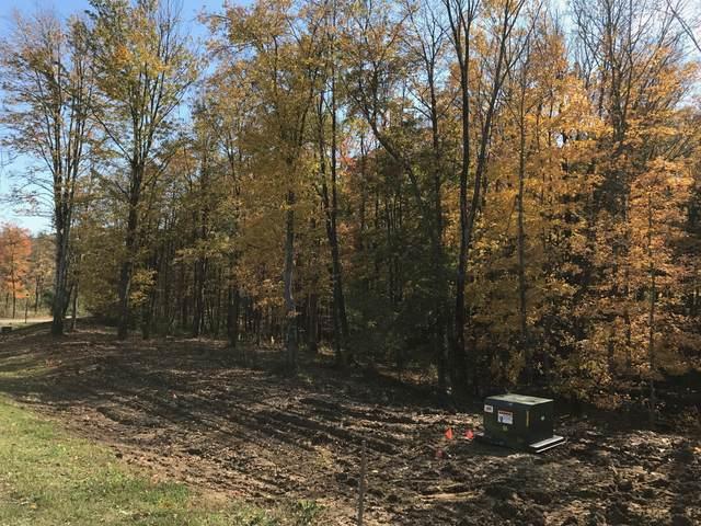 1816 Bent Creek Drive Lot #51, Lancaster, OH 43130 (MLS #217003582) :: Signature Real Estate