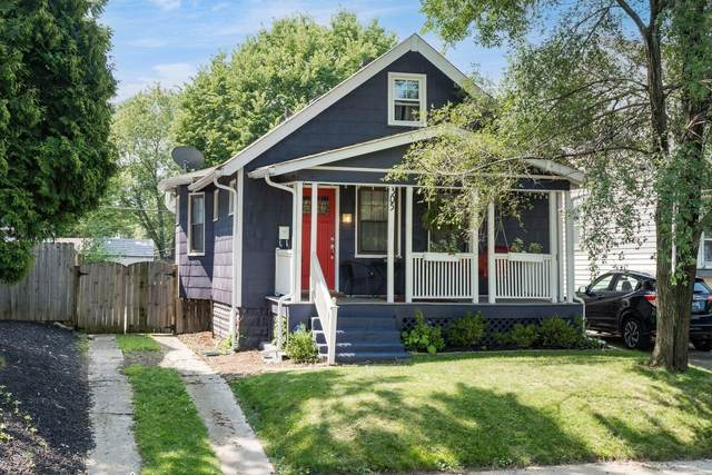 305 E Markison Avenue, Columbus, OH 43207 (MLS #221029236) :: 3 Degrees Realty