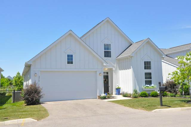 5514 Colling Drive, Dublin, OH 43016 (MLS #221004483) :: 3 Degrees Realty