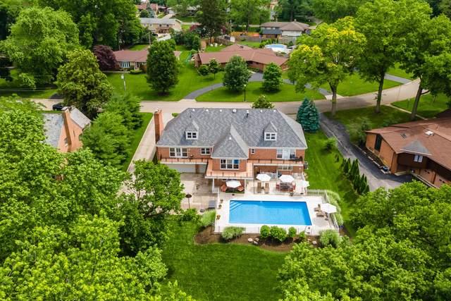 1385 Brookwood Place, Columbus, OH 43209 (MLS #221020216) :: Signature Real Estate