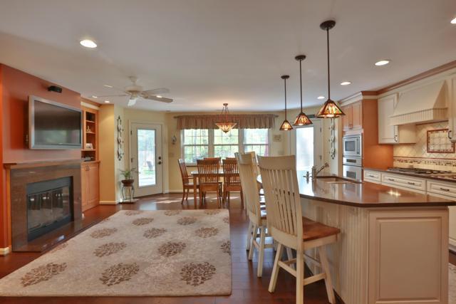 625 Yaronia Drive N, Columbus, OH 43214 (MLS #218016066) :: Signature Real Estate