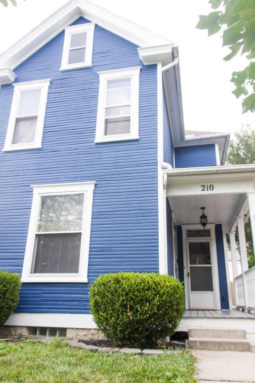 210 E Blake Avenue, Columbus, OH 43202 (MLS #217029906) :: Casey & Associates Real Estate