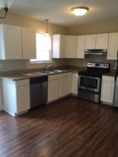 7925 Meadowhaven Boulevard #8, Columbus, OH 43235 (MLS #217030206) :: Casey & Associates Real Estate