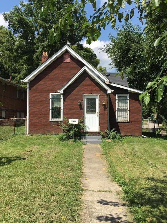 1612 Cole Street, Columbus, OH 43205 (MLS #217030433) :: Signature Real Estate