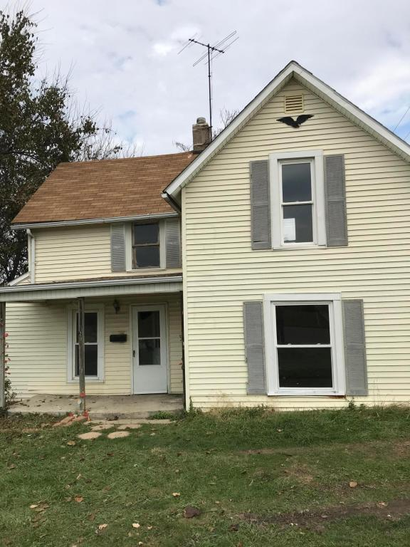 296 S Main Street, London, OH 43140 (MLS #217040780) :: Berkshire Hathaway Home Services Crager Tobin Real Estate