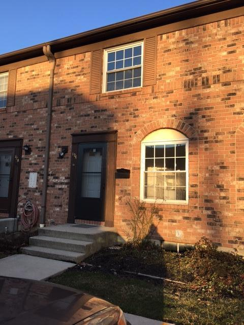126 Tarryton Court E 4-D, Columbus, OH 43228 (MLS #217041803) :: The Clark Group @ ERA Real Solutions Realty