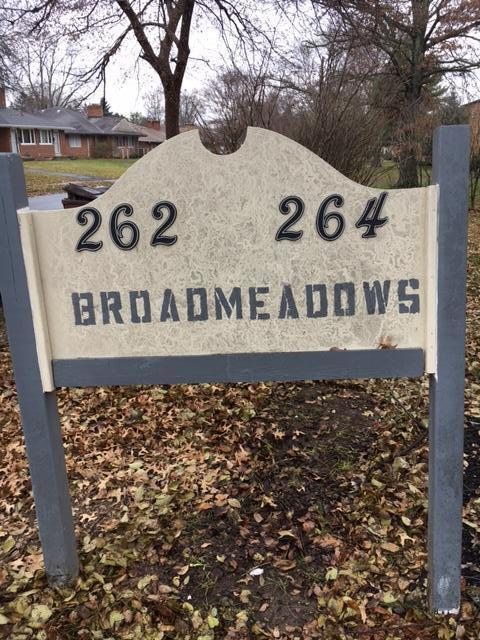 262-264 Broad Meadows Boulevard, Columbus, OH 43214 (MLS #217043102) :: The Clark Realty Group @ ERA Real Solutions Realty