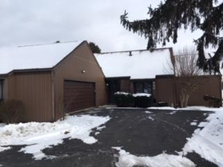 680 Dogwood Lane, Newark, OH 43055 (MLS #218000262) :: Berkshire Hathaway Home Services Crager Tobin Real Estate