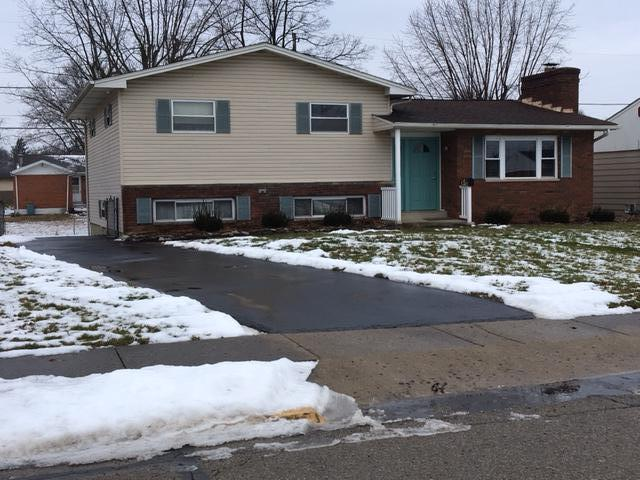 682 Hillsdale Drive, West Jefferson, OH 43162 (MLS #218000761) :: Signature Real Estate
