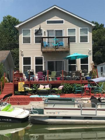 2779 Terrace Street, Millersport, OH 43046 (MLS #218001453) :: Berkshire Hathaway Home Services Crager Tobin Real Estate