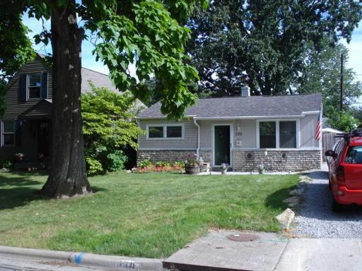 330 Rosslyn Avenue, Columbus, OH 43214 (MLS #218003668) :: Berkshire Hathaway Home Services Crager Tobin Real Estate