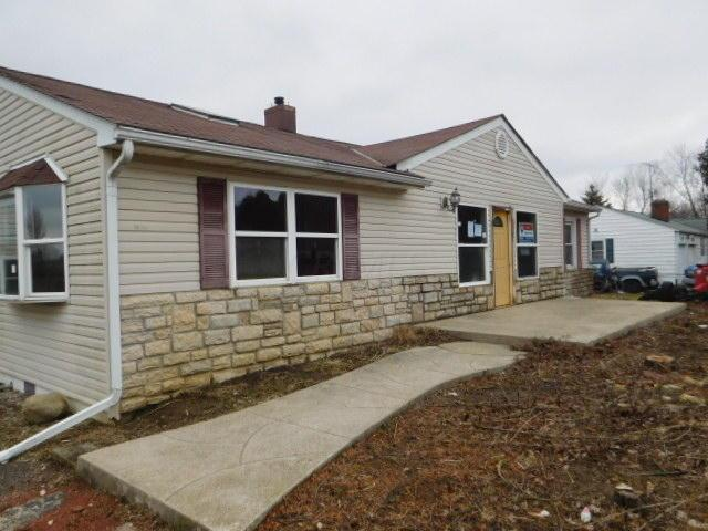 4690 Us Highway 40, West Jefferson, OH 43162 (MLS #218004867) :: Berkshire Hathaway Home Services Crager Tobin Real Estate