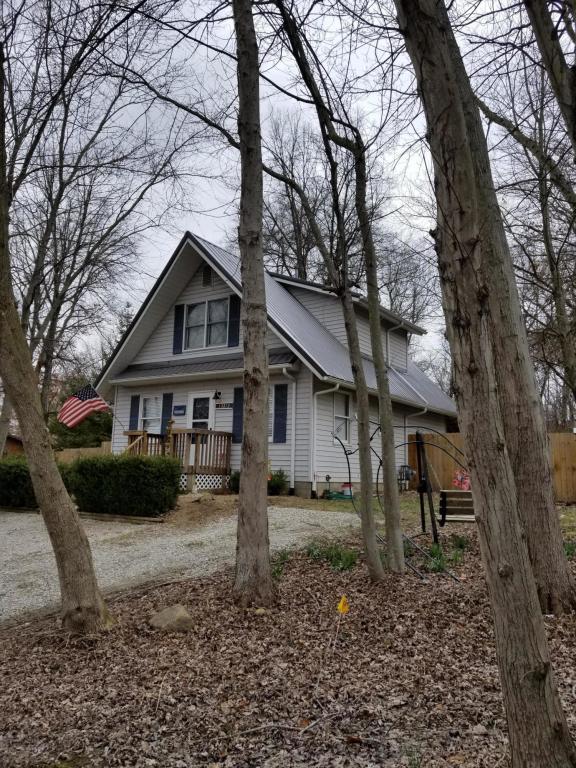 13212 Grove Road NE, Thornville, OH 43076 (MLS #218006723) :: Susanne Casey & Associates