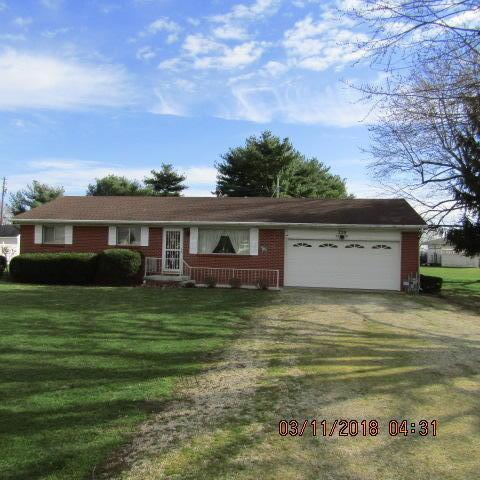 239 Ludwig Drive, Circleville, OH 43113 (MLS #218007011) :: The Mike Laemmle Team Realty