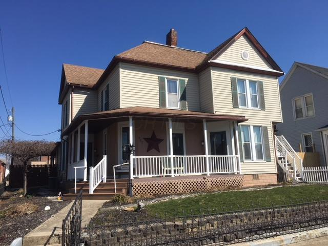 126 E Mill Street, Circleville, OH 43113 (MLS #218007013) :: The Mike Laemmle Team Realty