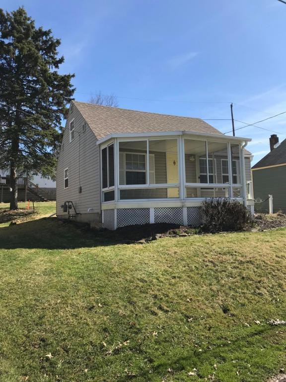 643 Lexington Avenue, Thornville, OH 43076 (MLS #218007014) :: Berkshire Hathaway Home Services Crager Tobin Real Estate