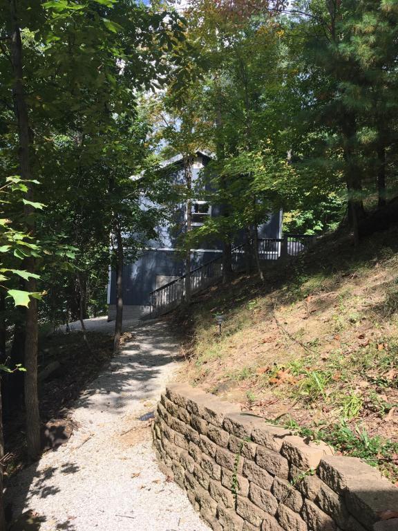 29234 Hide Away Hills Road, Sugar Grove, OH 43155 (MLS #218007114) :: CARLETON REALTY