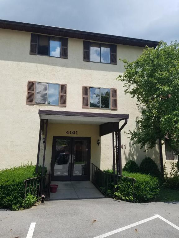 4141 Karl Road #106, Columbus, OH 43224 (MLS #218010627) :: Julie & Company