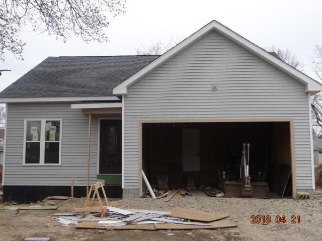 542 Erickson Avenue, Whitehall, OH 43213 (MLS #218012758) :: Berkshire Hathaway HomeServices Crager Tobin Real Estate