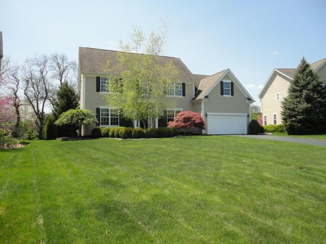 7645 Park Bend Drive, Westerville, OH 43082 (MLS #218015625) :: The Mike Laemmle Team Realty