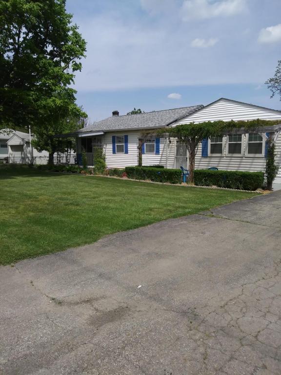 594 Stockbridge Road, Columbus, OH 43207 (MLS #218016147) :: Exp Realty