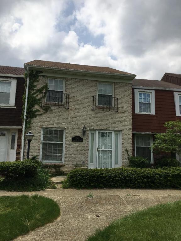 2347 Hardesty Drive N B-10, Columbus, OH 43204 (MLS #218016497) :: e-Merge Real Estate