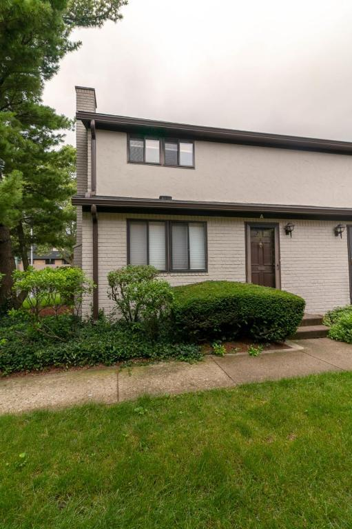 4820 Pennfair Street 4820A, Columbus, OH 43214 (MLS #218021251) :: Berkshire Hathaway HomeServices Crager Tobin Real Estate