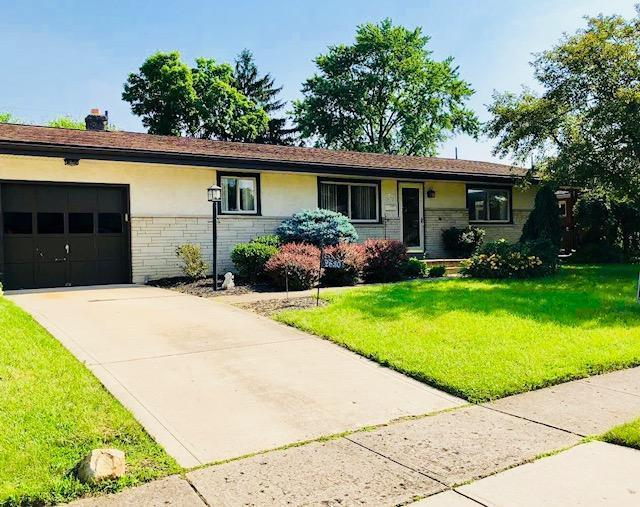 2630 Eugene Avenue, Grove City, OH 43123 (MLS #218022339) :: The Mike Laemmle Team Realty