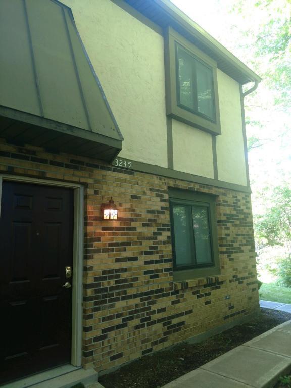 3235 Summerdale Lane #50, Columbus, OH 43221 (MLS #218030383) :: e-Merge Real Estate