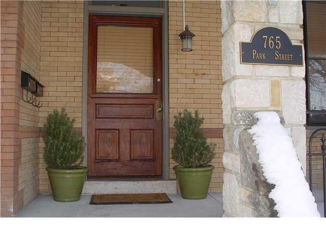 765 Park Street, Columbus, OH 43215 (MLS #218041976) :: Brenner Property Group   KW Capital Partners