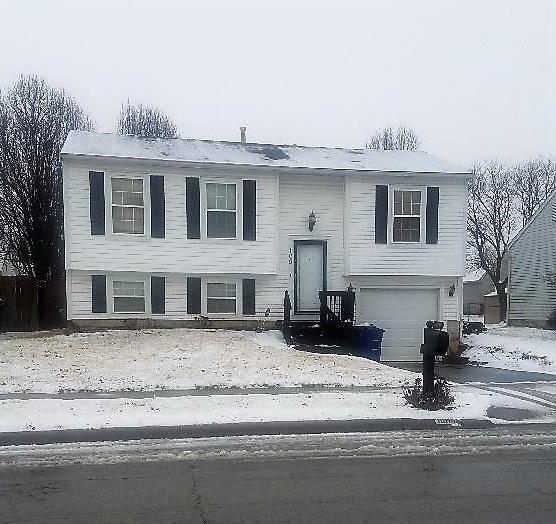 1094 Lavender Lane, Columbus, OH 43207 (MLS #219003813) :: The Raines Group