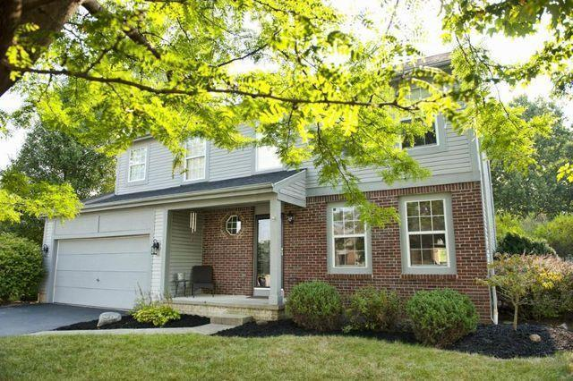 12450 Bentwood Farms Drive, Pickerington, OH 43147 (MLS #219007728) :: The Raines Group